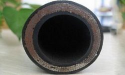 "Supply Hydraulic Hose SAE 100 R10 Product; Application: Super pressure applications used for petroleum based hydraulic fluids; Tube: NBR, Cover: CR; Reinforcement: Four layers of steel wire spiral; Surface: Wrapped and Smooth; Working Pressure: 140~500 bar, Burst Pressure: 660~1800 bar; Working Temperature: -40~120℃; Size Range: 1/4""~2"""